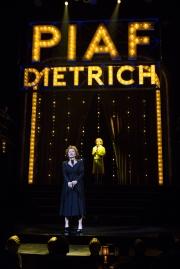 19.09_Piaf-Dietrich_3436