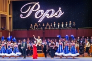 Maestro Jack Everly and Louise Pitre on stage with performers and musicians of the Indianapolis Symphony Orchestra  2019