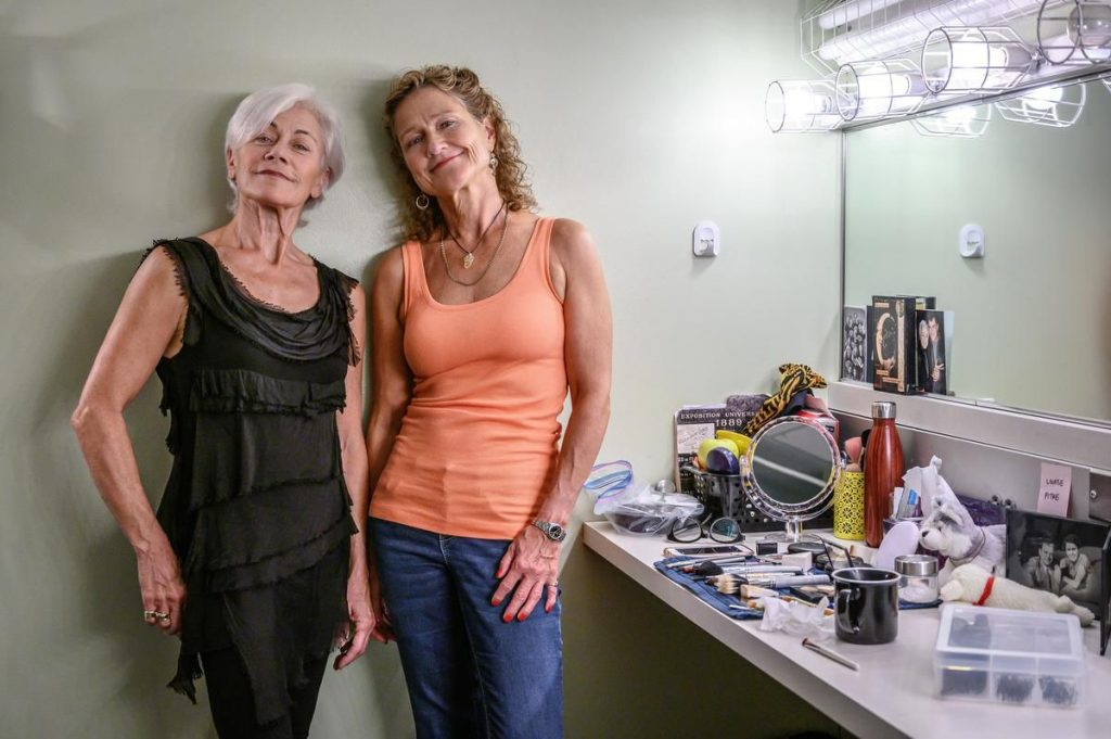Louise Pitre and Jayne Lewis in Piaf/Dietrich in Toronto for The Star article by Carly Maga